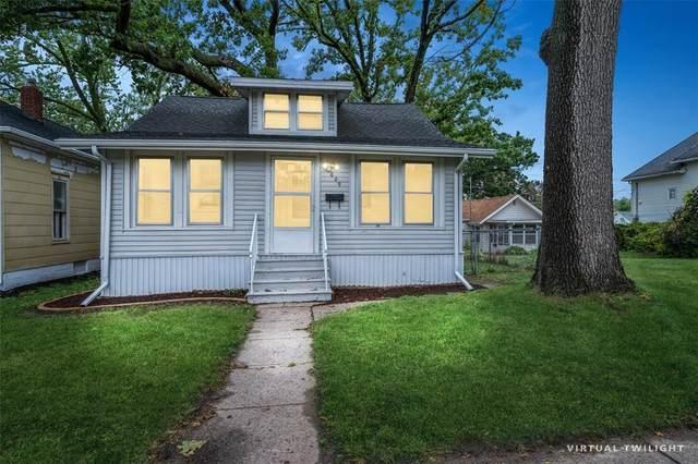 1009 Center Point Road NE, Cedar Rapids, IA 52402 (MLS #2107218) :: The Graf Home Selling Team