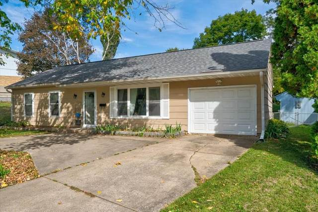 1106 Essex St, Iowa City, IA 52240 (MLS #2107261) :: The Graf Home Selling Team