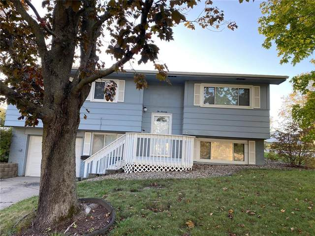 270 Lynda Drive NW, Cedar Rapids, IA 52405 (MLS #2107263) :: The Graf Home Selling Team