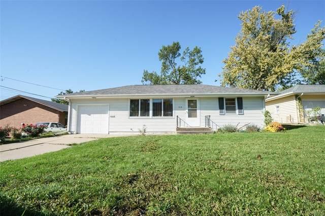 719 SE 25th Street SE, Cedar Rapids, IA 52403 (MLS #2107307) :: The Graf Home Selling Team