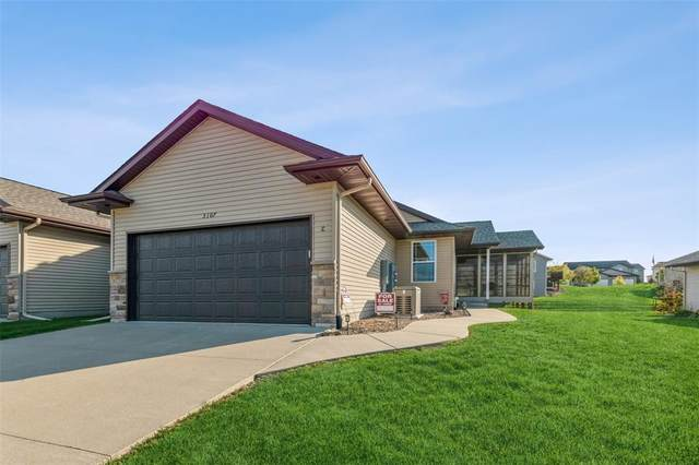 3107 Riviera Court SW C, Cedar Rapids, IA 52404 (MLS #2107326) :: The Graf Home Selling Team