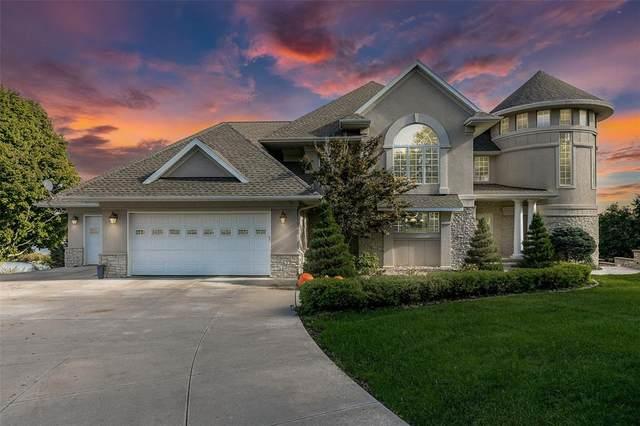 3875 Lake Vista Drive NE, Solon, IA 52333 (MLS #2107327) :: The Graf Home Selling Team
