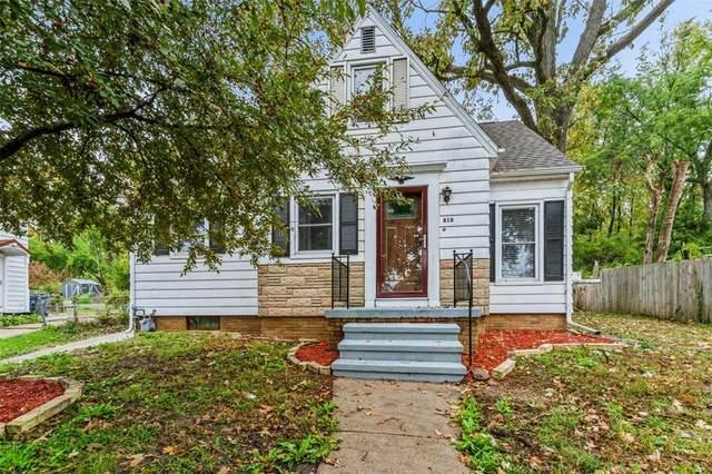 818 13th Street NW, Cedar Rapids, IA 52405 (MLS #2107345) :: The Graf Home Selling Team