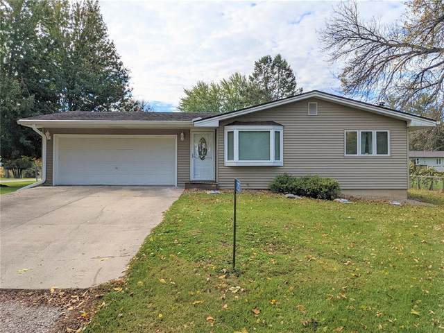 3257 Winward Street NE, Solon, IA 52333 (MLS #2107395) :: The Graf Home Selling Team
