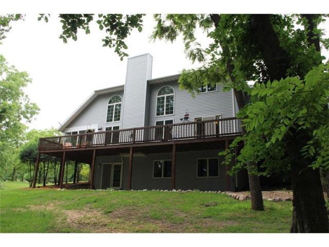 1556 Iroquois Drive NE, Solon, IA 52333 (MLS #1707400) :: The Graf Home Selling Team