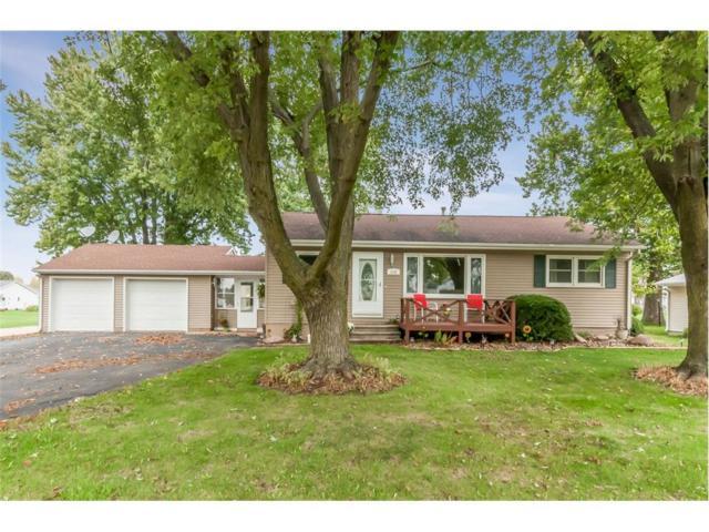 500 Freeseway Drive, Robins, IA 52328 (MLS #1707907) :: The Graf Home Selling Team