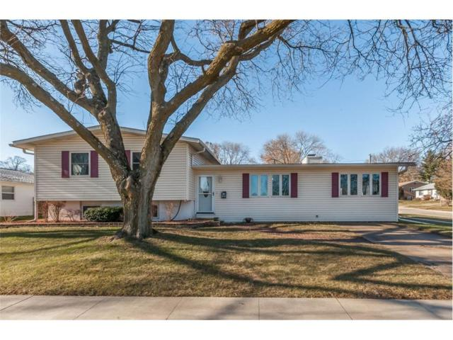 890 Parkview Drive, Marion, IA 52302 (MLS #1710199) :: The Graf Home Selling Team