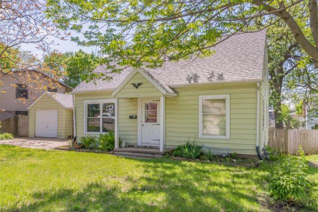 825 Wellington Street SE, Cedar Rapids, IA 52403 (MLS #1803344) :: WHY USA Eastern Iowa Realty