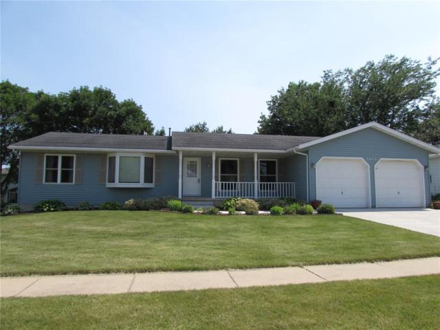 3455 Crown Avenue, Marion, IA 52302 (MLS #1804259) :: The Graf Home Selling Team