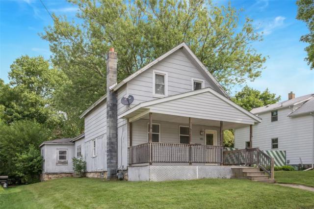 102 W Walnut, Anamosa, IA 52205 (MLS #1805832) :: The Graf Home Selling Team