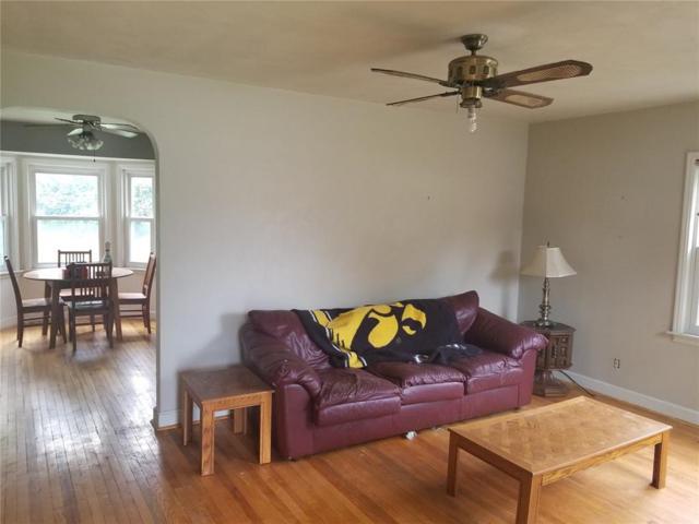 3219 Henderson Avenue SE, Cedar Rapids, IA 52403 (MLS #1806664) :: The Graf Home Selling Team
