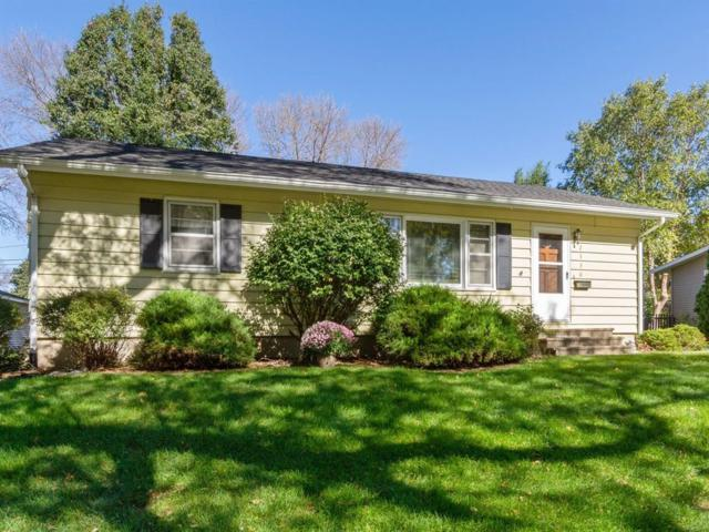 2330 17th Avenue, Marion, IA 52302 (MLS #1807286) :: The Graf Home Selling Team