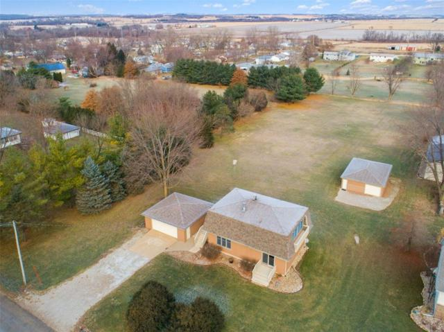 1024 E 1st Street, Center Point, IA 52213 (MLS #1808248) :: The Graf Home Selling Team