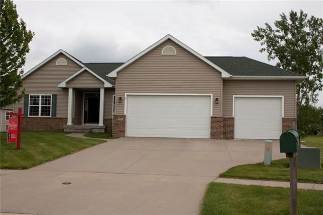 245 16th Ave Court, Hiawatha, IA 52233 (MLS #1904075) :: The Graf Home Selling Team