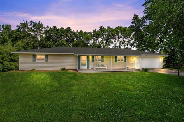695 S Troy Road, Robins, IA 52328 (MLS #1904873) :: The Graf Home Selling Team