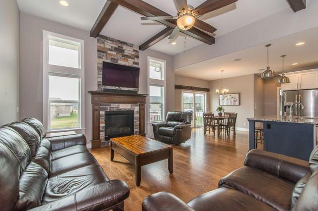 1553 Bridge Creek Court, Marion, IA 52302 (MLS #1905464) :: The Graf Home Selling Team