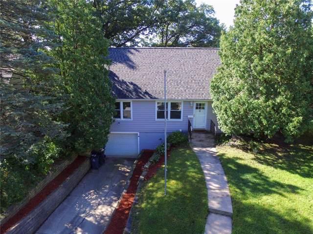2539 Vernon Court SE, Cedar Rapids, IA 52403 (MLS #1906870) :: The Graf Home Selling Team