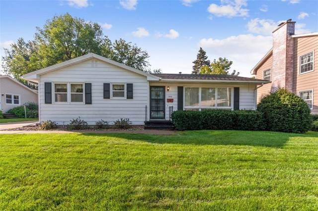 1505 Country Club Drive, Marion, IA 52302 (MLS #1907192) :: The Graf Home Selling Team