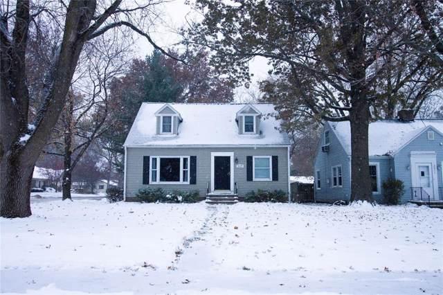 3025 Bever Avenue, Cedar Rapids, IA 52403 (MLS #1908257) :: The Graf Home Selling Team