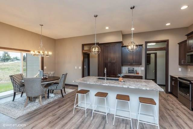 609 Pointer Circle, Center Point, IA 52213 (MLS #1908349) :: The Graf Home Selling Team