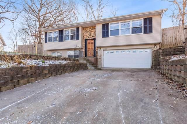 2505 M Avenue NW, Cedar Rapids, IA 52405 (MLS #1908624) :: The Graf Home Selling Team