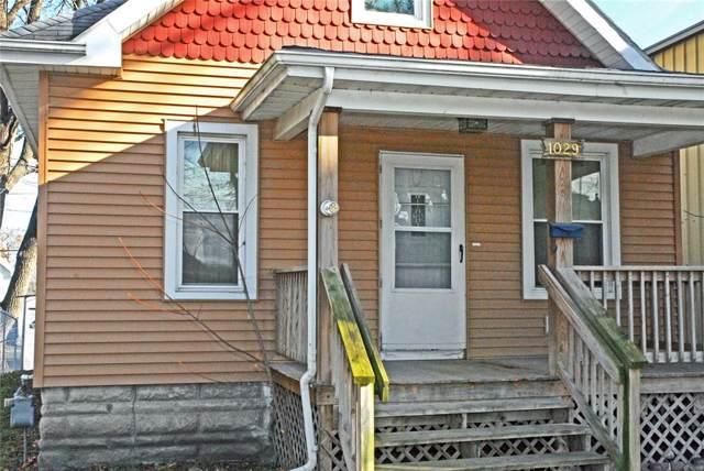 1029 10th Street SW, Cedar Rapids, IA 52404 (MLS #2000187) :: The Graf Home Selling Team