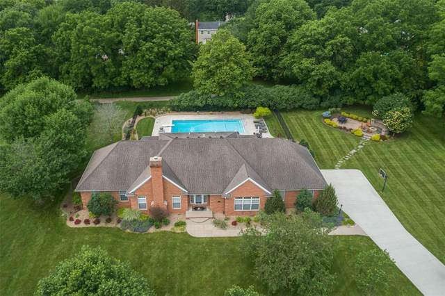 2101 Cottage Lane, Cedar Rapids, IA 52403 (MLS #2001307) :: The Graf Home Selling Team