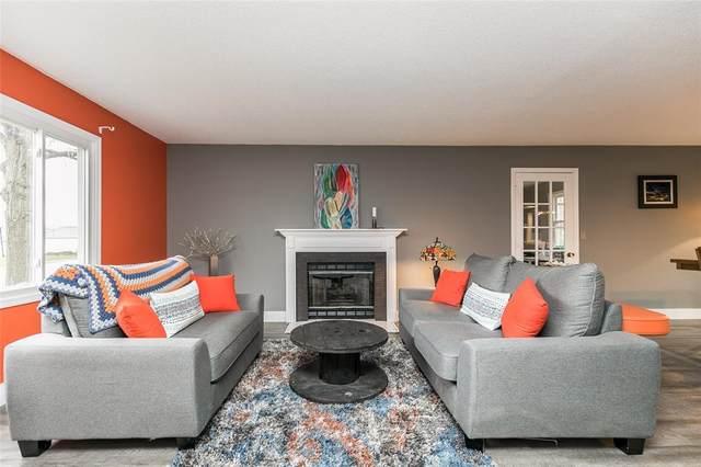 504 Lantern Lane, Mt Vernon, IA 52314 (MLS #2002528) :: The Graf Home Selling Team