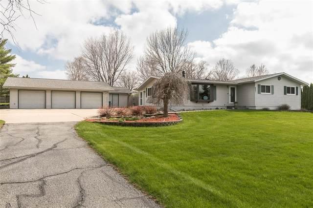 6901 Williams Boulevard, Fairfax, IA 52228 (MLS #2002974) :: The Graf Home Selling Team