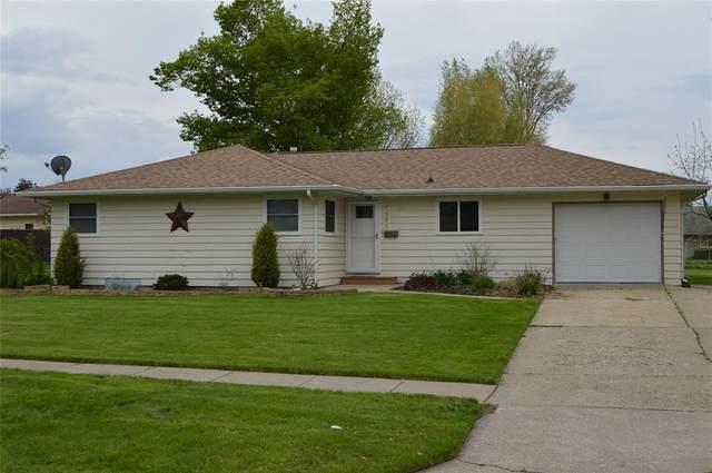 1307 B Avenue, Vinton, IA 52349 (MLS #2003301) :: The Graf Home Selling Team