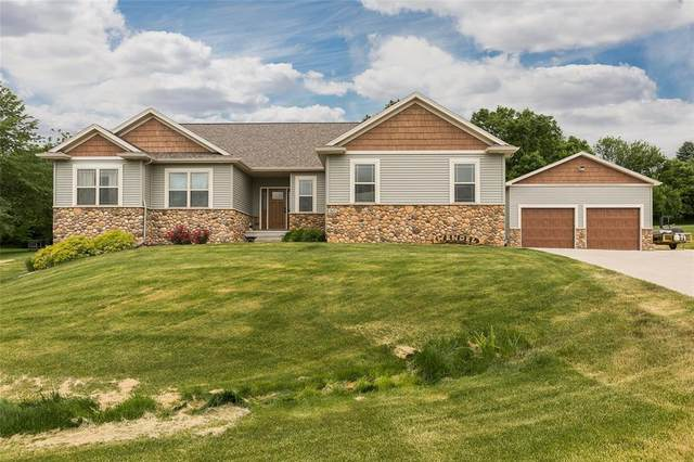 2632 NW Hunter Court, Swisher, IA 52338 (MLS #2004242) :: The Graf Home Selling Team