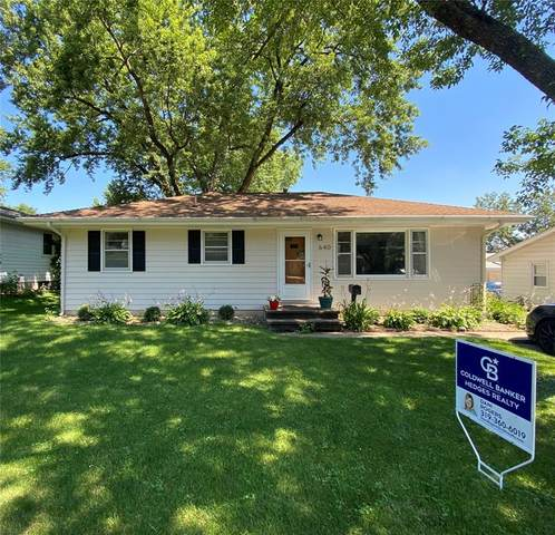 640 W 8th Avenue, Marion, IA 52302 (MLS #2004853) :: The Graf Home Selling Team