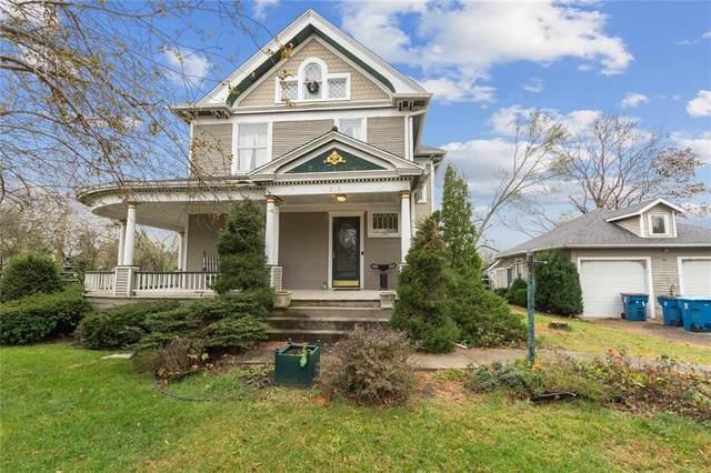 215 Vanderbilt Street, Fairfax, IA 52228 (MLS #2006664) :: The Graf Home Selling Team