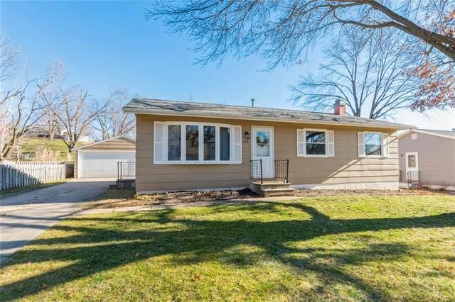 1715 Woodside Court NW, Cedar Rapids, IA 51405 (MLS #2008957) :: The Graf Home Selling Team