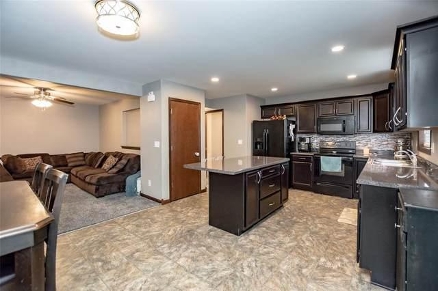 2908 Riviera Street SW B, Cedar Rapids, IA 52404 (MLS #2101664) :: The Graf Home Selling Team