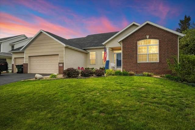 4303 Woodsonia Court NW, Cedar Rapids, IA 52405 (MLS #2102946) :: The Graf Home Selling Team