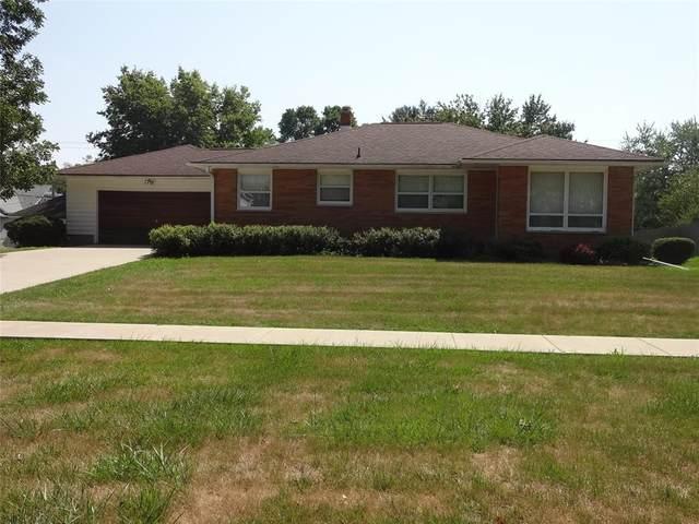 353 W Washington Street, Marengo, IA 52301 (MLS #2105956) :: The Graf Home Selling Team