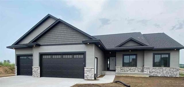 1557 Foxborough Drive, Marion, IA 52302 (MLS #2106599) :: The Graf Home Selling Team