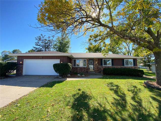 1955 29th Avenue, Marion, IA 52302 (MLS #2106993) :: The Graf Home Selling Team