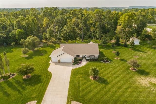 7715 Featherstone Court, Cedar Rapids, IA 52411 (MLS #2107275) :: The Graf Home Selling Team
