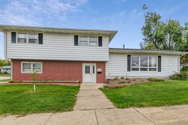 1895 16th Street, Marion, IA 52302 (MLS #2107354) :: The Graf Home Selling Team