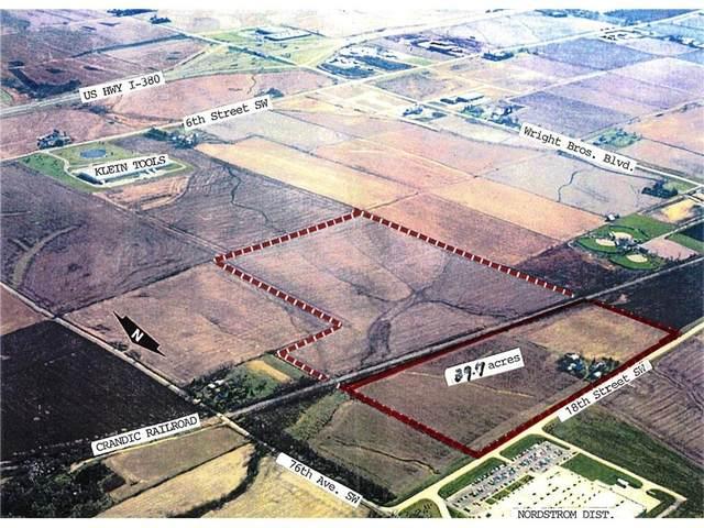 8105/8106 18th Street SW, Cedar Rapids, IA 52404 (MLS #1607087) :: The Graf Home Selling Team