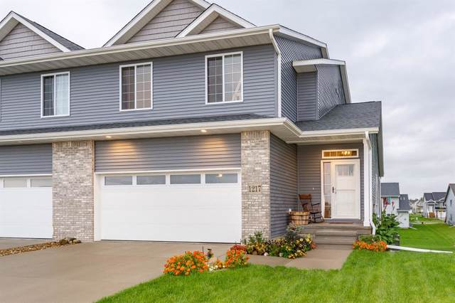 1217 Leann Circle, North Liberty, IA 52317 (MLS #1907550) :: The Graf Home Selling Team