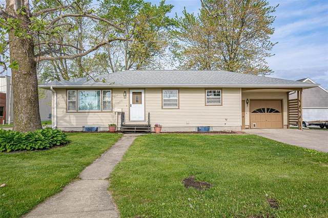 800 30th Street, Marion, IA 52302 (MLS #2103174) :: The Graf Home Selling Team