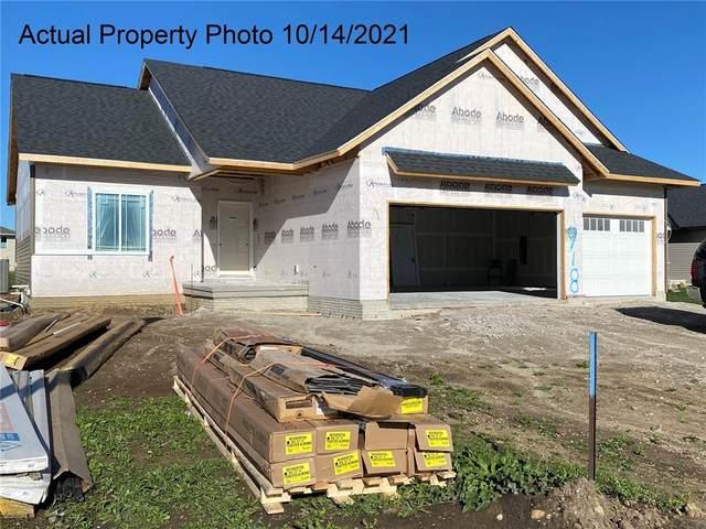 918 Crescent View Drive NE, Cedar Rapids, IA 52402 (MLS #2104743) :: The Graf Home Selling Team