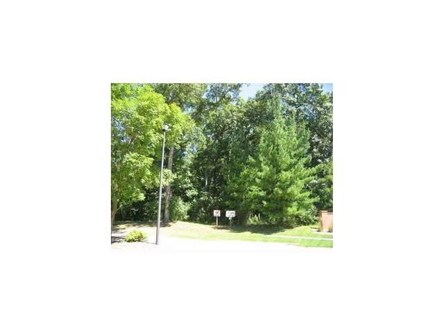 4204 Oak Leaf Court NE, Cedar Rapids, IA 52411 (MLS #2903663) :: The Graf Home Selling Team