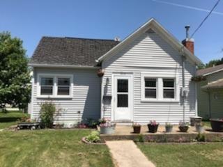 608 E Main Street, Anamosa, IA 52205 (MLS #1803913) :: The Graf Home Selling Team