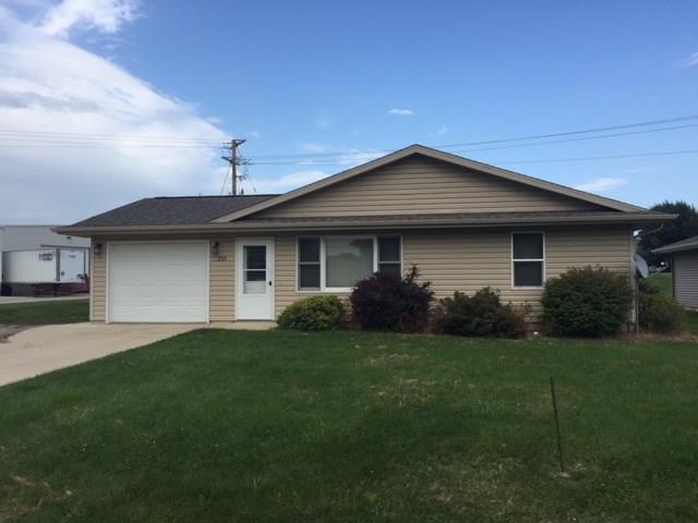 215 N Iowa Street, Anamosa, IA 52205 (MLS #1805592) :: The Graf Home Selling Team