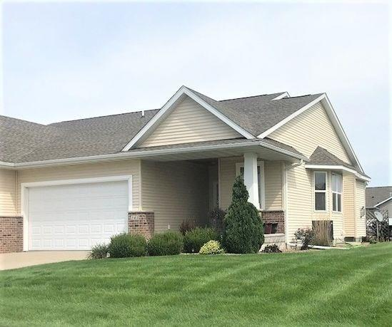 141 Ridge View Drive, Fairfax, IA 52228 (MLS #1806560) :: The Graf Home Selling Team