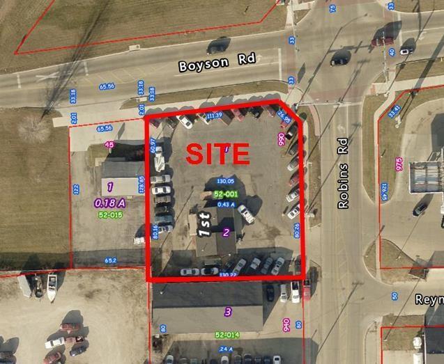 990 Robins Road, Hiawatha, IA 52233 (MLS #1806631) :: WHY USA Eastern Iowa Realty